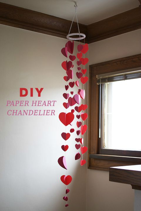 uradi sam paper heart chandelier