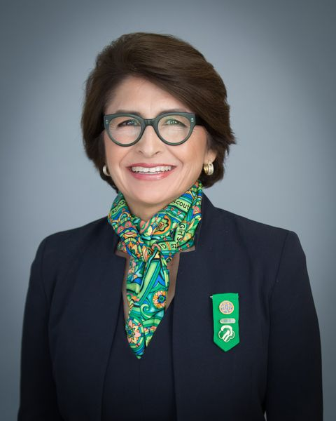 Πορτρέτο of Girl Scouts of the USA CEO Sylvia Acevedo