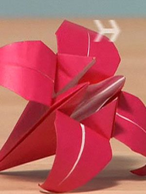 origami lily craft project