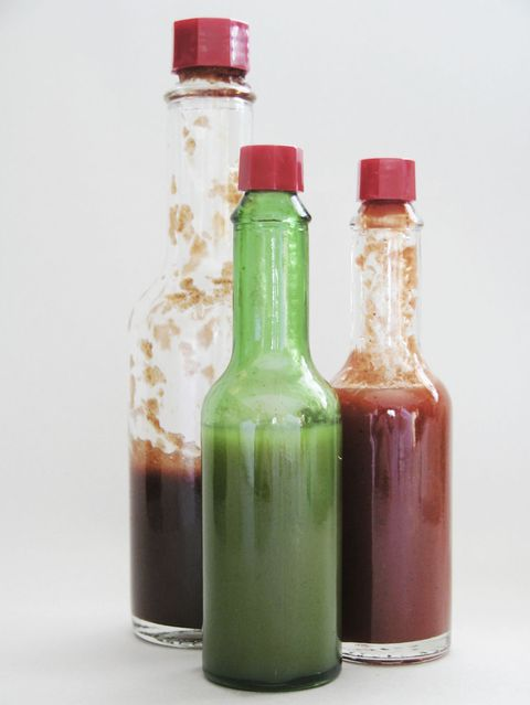 बोतलें of sauces