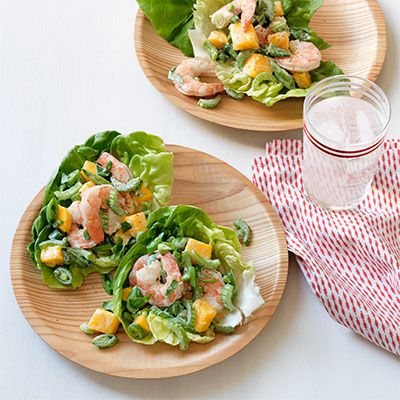 γαρίδα and mango lettuce wraps