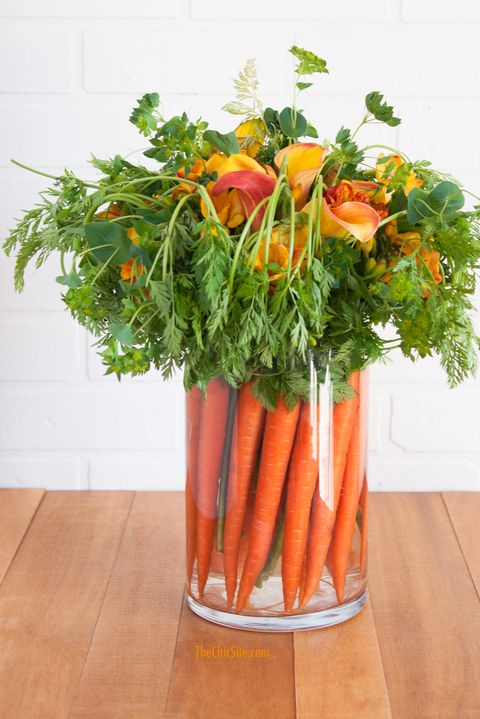 חג הפסחא carrot centerpiece