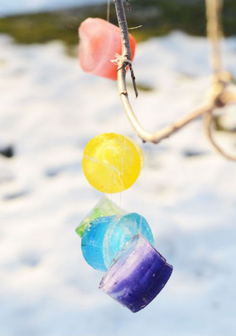 घर के अंदर activities for kids ice ornaments