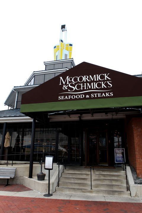 McCormick & Schmick's Seafood & Steaks restaurant open on Thanksgiving