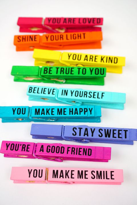 leđa to school activity colored clothespins with inspirational messages