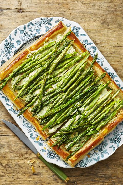 भुना हुआ asparagus and ricotta tart thanksgiving appetizers