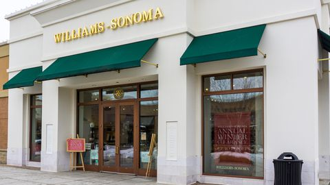 Williams-Sonoma Retail Store Exterior